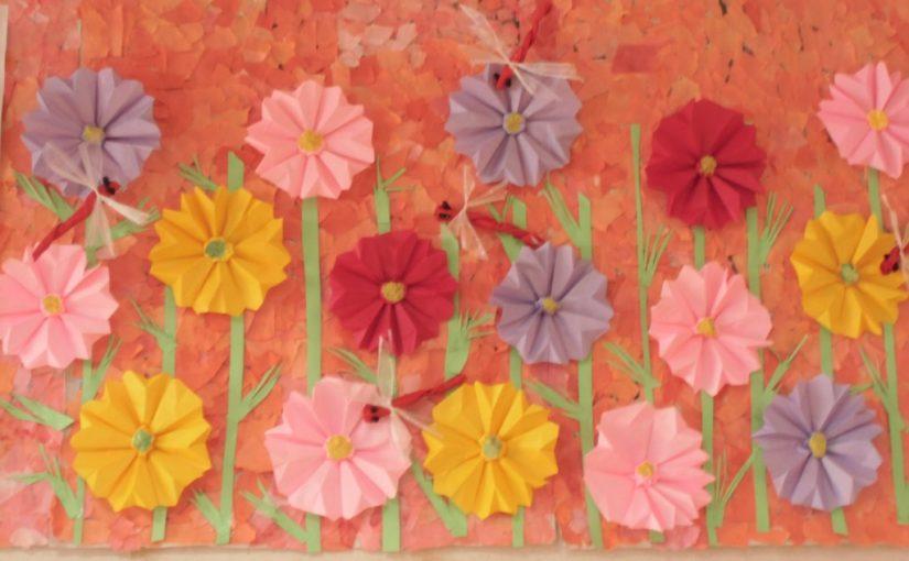 9月の壁画 コスモス